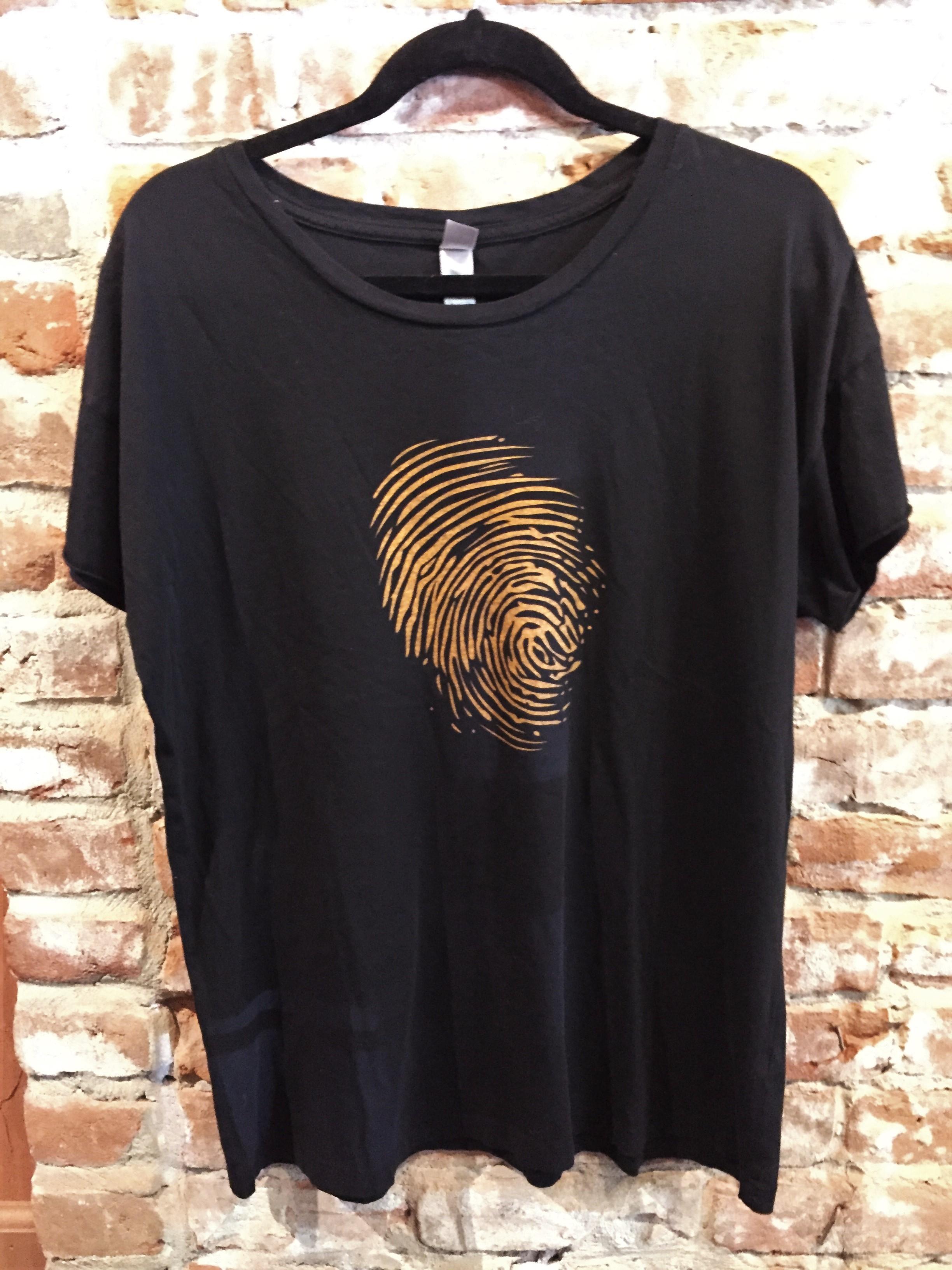 Tee-Shirt-Womens-Black with Orange