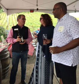 Bill Nachbaur chatting with Wine Club Members