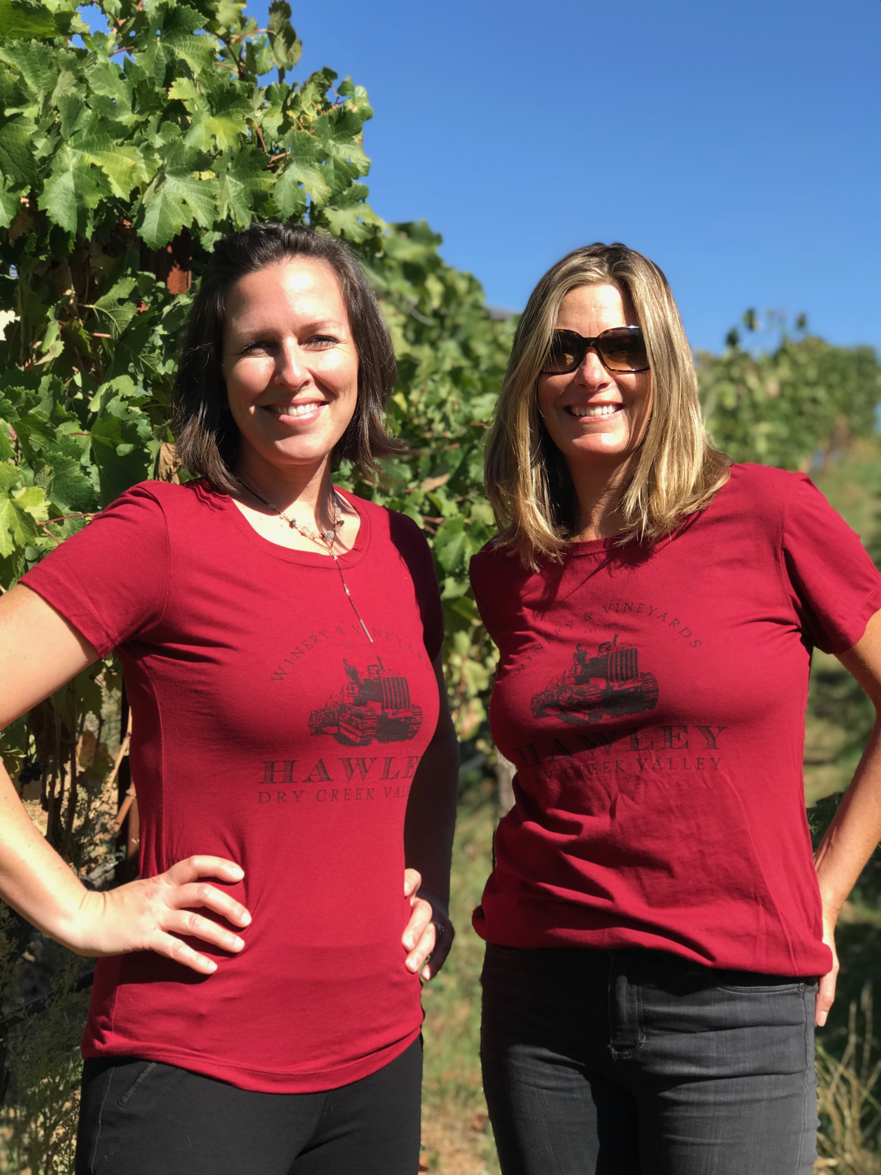 T-Shirt Tractor Logo- Red (Ladies)