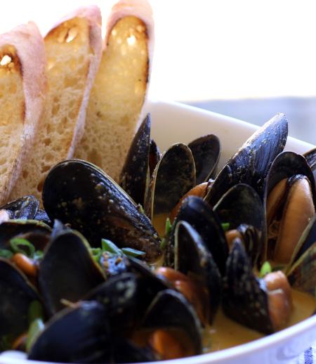 Spiced Mussels ~ Australian Style