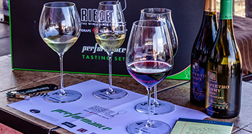 Riedel Wine Glass Seminar <br> Does the wine glass really matter? <br>  Mar. 25