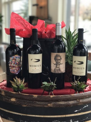 WINEMAKER HOLIDAY SELECTION