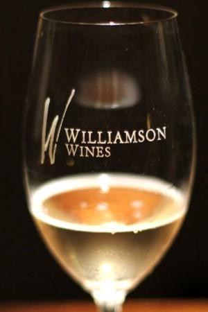 FIZZ - Sparkling White Wine