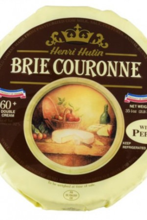 Brie Couronne with Black Pepper