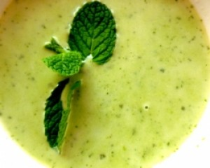 Spring Pea Soup with Mint and Cardamom
