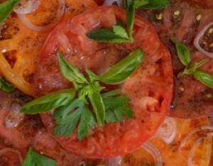 Heirloom Tomato, Pomegranate, Sumac Salad